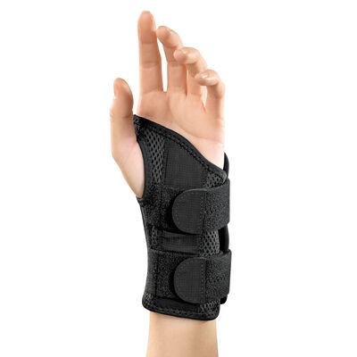 Mueller Left Hand Fitted Wrist Brace