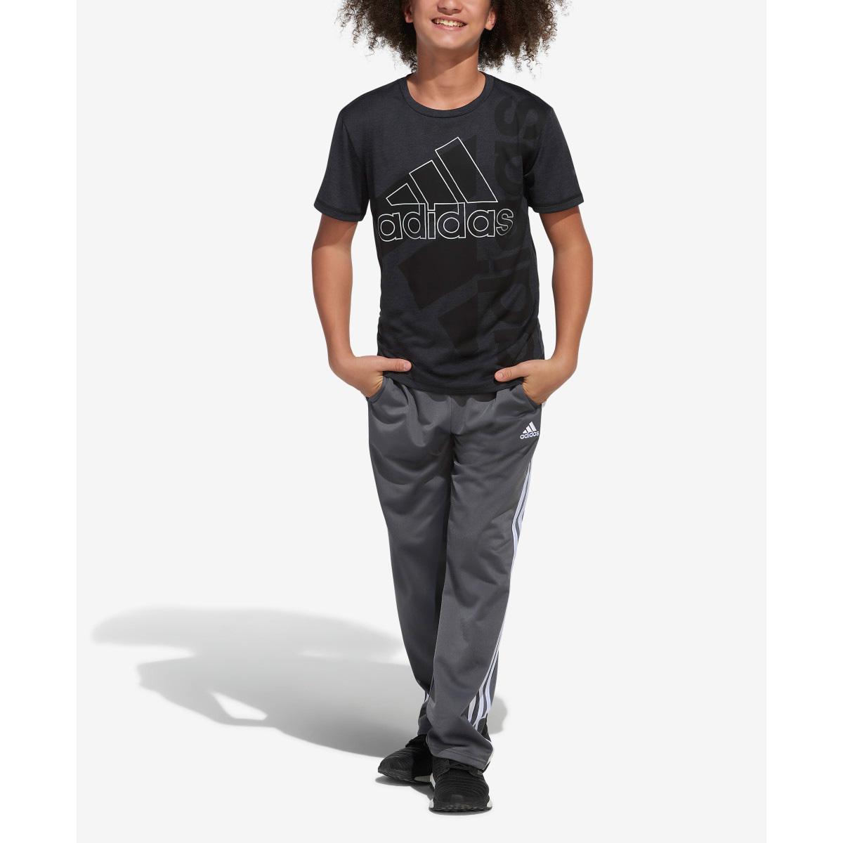 Boys' Short Sleeve AEROREADY Vertical Badge Of Sport Pigment Tee, Black, swatch